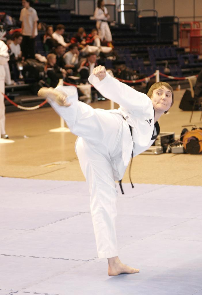 AT COMPETITION POOMSAE 2007